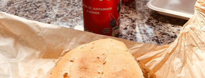 Mercadito Gastronomico Tv Azteca is one of Tempat yang Disukai SergioAncira.