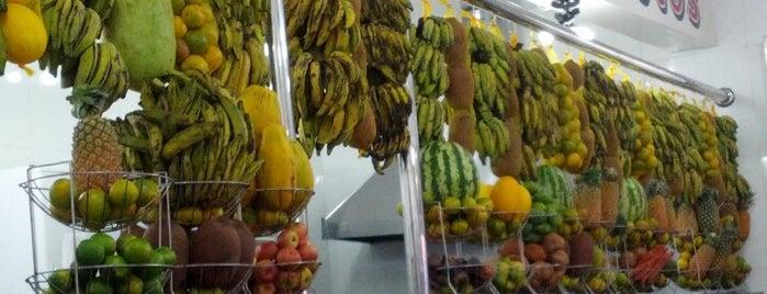 Skina dos Sucos is one of Brasil: restaurantes bons, bonitos e baratos.