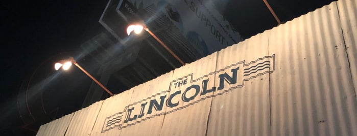 The Lincoln is one of venice-ish.