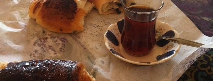 Armutcity coffe is one of Posti che sono piaciuti a Hakan.