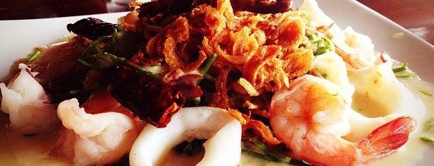 ร้านอาหาร บ้านคุ้งน้ำ (Bankungnam) is one of Tee 님이 좋아한 장소.
