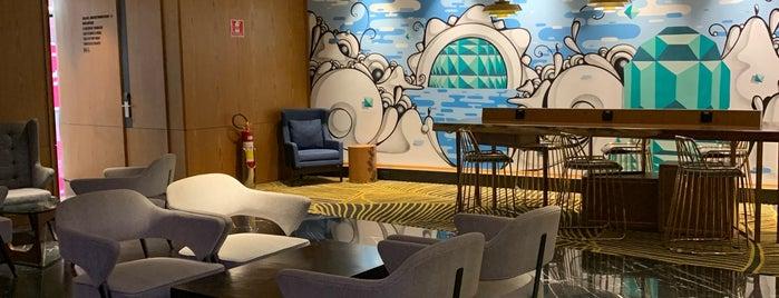 Plaza Premium Lounge Doméstico is one of Orte, die Chris gefallen.
