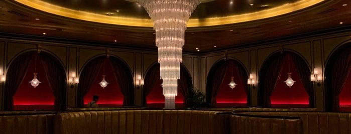 Carbone Italian Restaurant is one of สถานที่ที่บันทึกไว้ของ Whit.