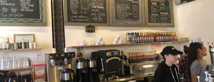 Crooks Coffee is one of Posti che sono piaciuti a Shinal.
