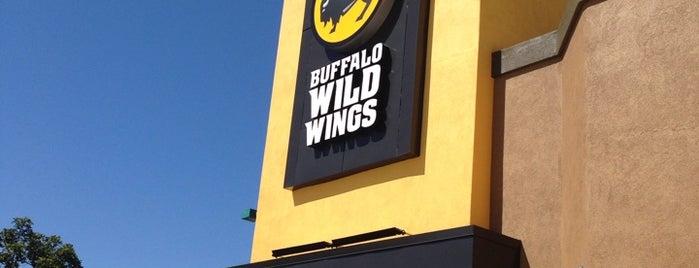Buffalo Wild Wings is one of Lieux qui ont plu à Marc.