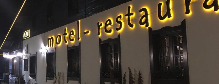 Ресторан Chalet is one of Lieux qui ont plu à Galia.