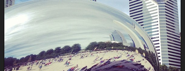 Cloud Gate by Anish Kapoor is one of Chicago Must.