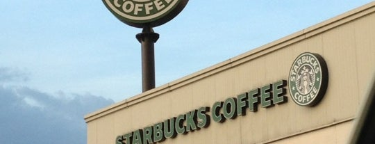 Starbucks is one of Locais curtidos por Janine.