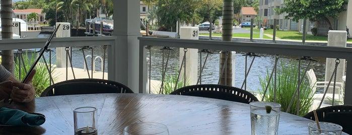 Boathouse at the Riverside is one of SV'ın Beğendiği Mekanlar.