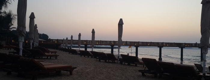 Al Salaam Port is one of Lieux qui ont plu à Shanshan.