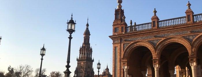Plaza de España is one of Posti che sono piaciuti a Shanshan.