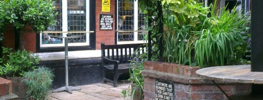 Ye Olde White Harte is one of สถานที่ที่ Carl ถูกใจ.