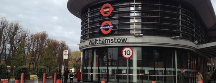 Walthamstow Central London Overground Station (WHC) is one of Mark 님이 저장한 장소.