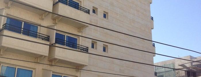 Kapetanios Limassol Hotel is one of Orte, die Marina gefallen.