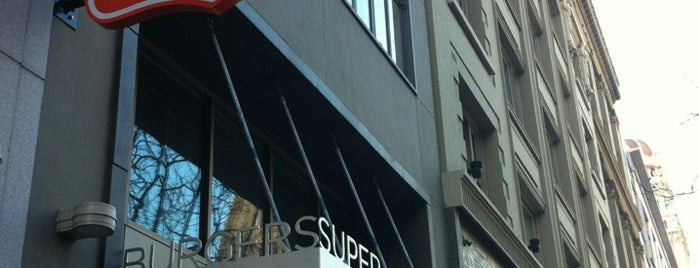 Super Duper Burgers is one of Ricardo 님이 좋아한 장소.