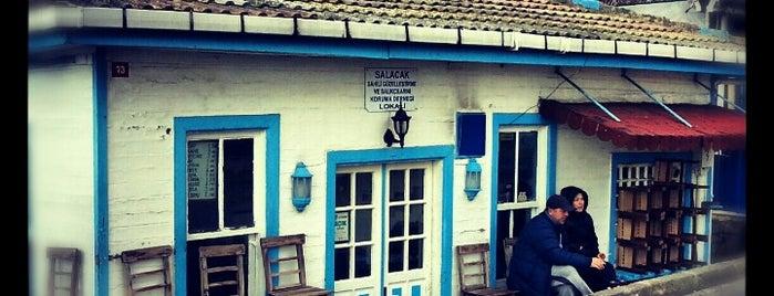 Salacak Dernek is one of Kafeteryalar.