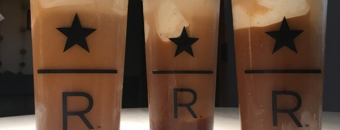 Starbucks Reserve Bar is one of Karen 🌻🐌🧡さんの保存済みスポット.