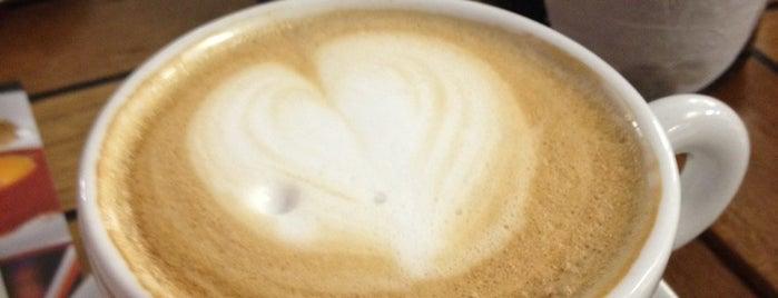 La Taba Café is one of Posti che sono piaciuti a Metin.