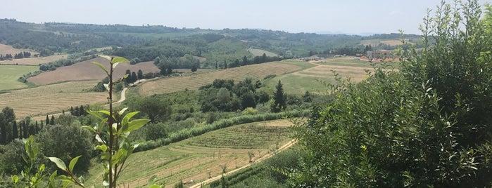 Peccioli is one of Locais curtidos por Umut.
