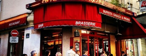 Café des Deux Moulins is one of Favourite Places.