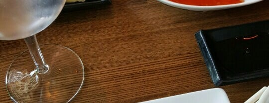 Pisces Sushi Bar & Lounge is one of Brandi 님이 좋아한 장소.