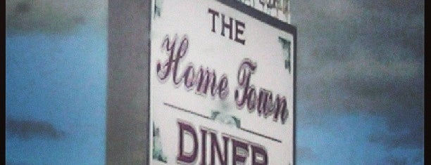 Home Town Diner is one of Jordanさんのお気に入りスポット.