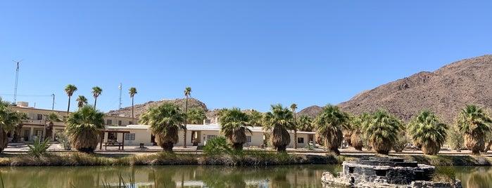 Zzyzx Desert Studies Center is one of สถานที่ที่ Geoff ถูกใจ.