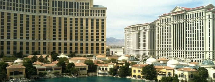 Eiffel Tower Restaurant is one of Great Vegas Views.