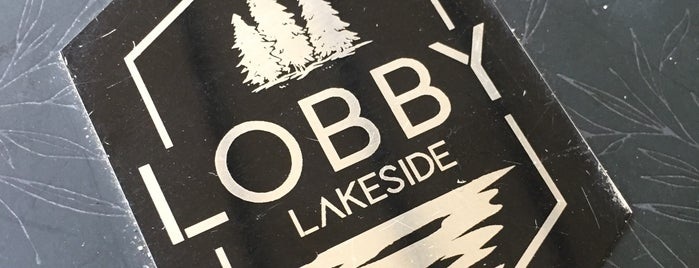 Lobby Lakeside is one of Orte, die 'Özlem gefallen.