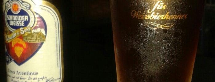 Don Vito Barber & Beer Shop is one of Tempat yang Disukai Roberto.