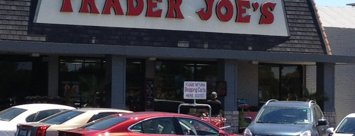 Trader Joe's is one of Orte, die Razz gefallen.