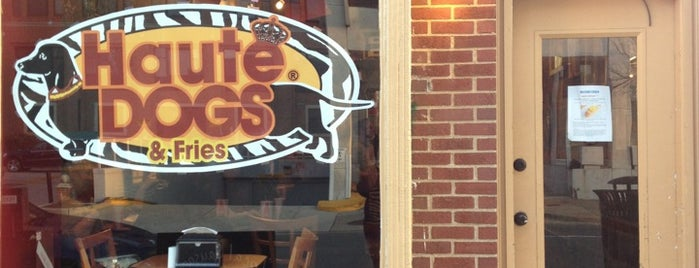 Haute Dogs & Fries Restaurant is one of quick alexandria.