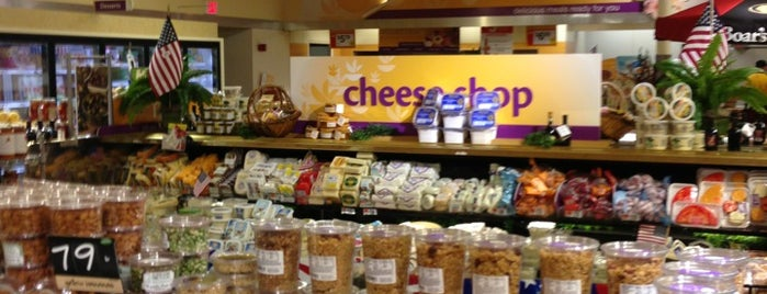 Super Stop & Shop is one of Ivanさんのお気に入りスポット.