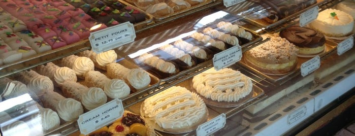 B & W Bakery is one of jersey burbs.