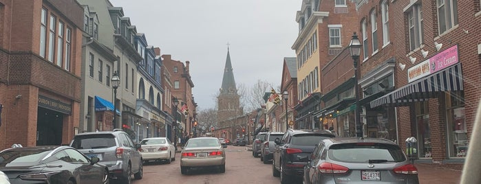 Historic Downtown Annapolis is one of Lugares favoritos de Christopher.