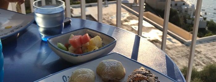 Hotel Holiday is one of Amalfi Coast.