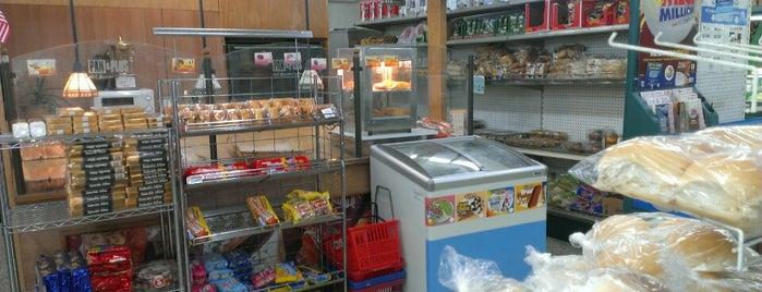 La Fama Supermarket #1 is one of Must-visit Cuban Restaurants in Miami.