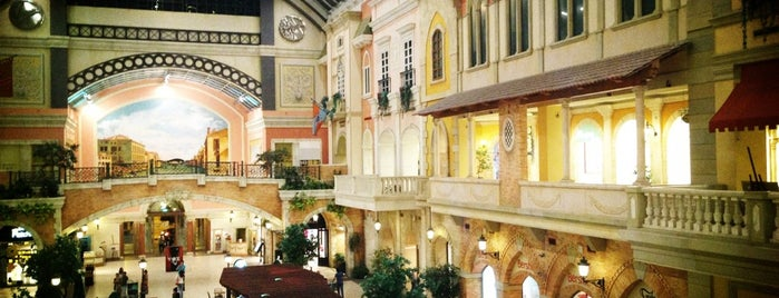 Mercato Mall is one of Dubai.