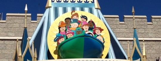 it's a small world is one of Walt Disney World.