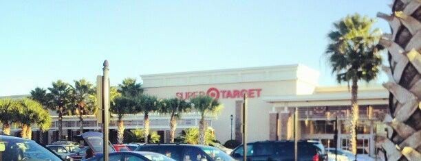 Target is one of Tempat yang Disukai Lyn.