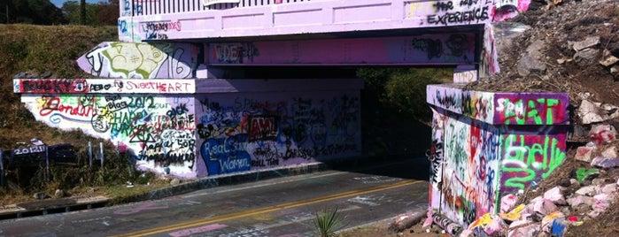 Graffiti Bridge is one of minhas viagens *.*.