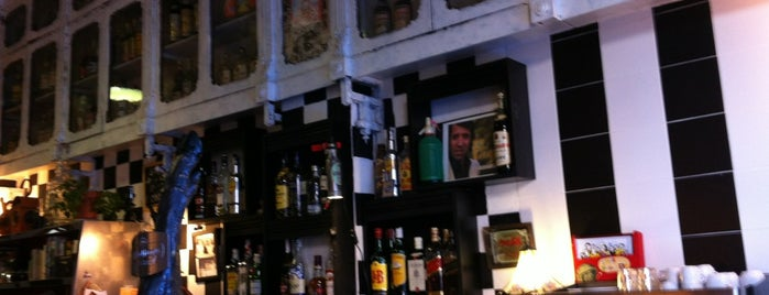 Bodega La Peseta is one of Valencia - bars.