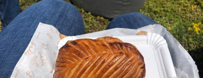 Pâtisserie Ludwig TAKE AWAY is one of Karlsruhe beloved.