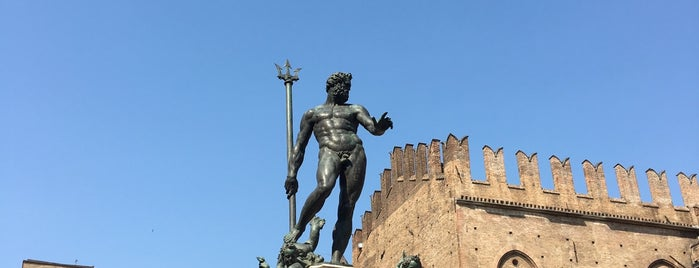 Fountain of Neptune is one of Lugares guardados de Francis.