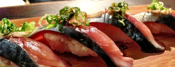 Akiko's Restaurant & Sushi Bar is one of Must-visit Sushi Restaurants in San Francisco.