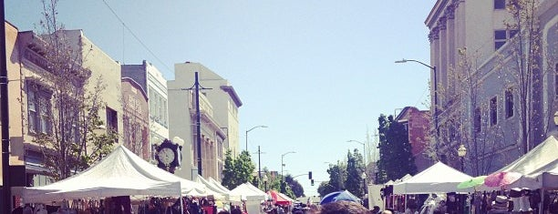 Vallejo Farmers' Market is one of Vallejo Faves & History.
