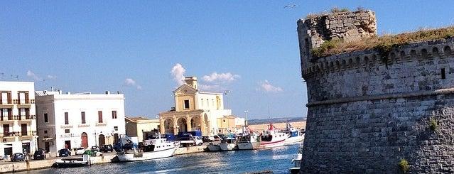 Porto di Gallipoli is one of สถานที่ที่ Sebastian ถูกใจ.