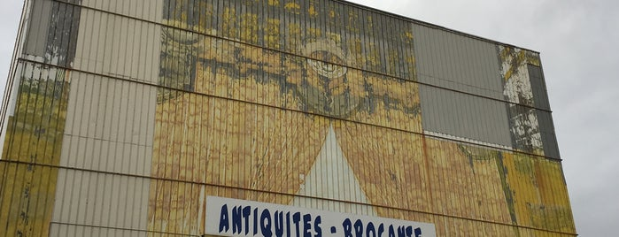 Puces de Marseille is one of Prov..