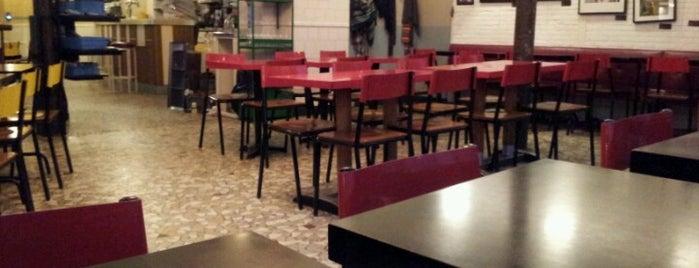 Pause Café is one of Brunchs.
