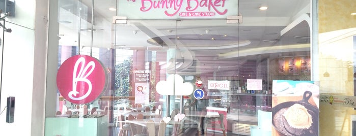 The Bunny Baker Cafe & Cake Studio is one of Spoiler babe. ❤️️.